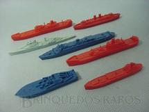 1. Brinquedos antigos - Sem identificação - Navios diversos Brinde Sucrilhos Kelloggs Década de 1970