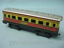 1. Brinquedos antigos - Estrela - Carro de Passageiros M.B.E. Ferrorama vermelho Década de 1960