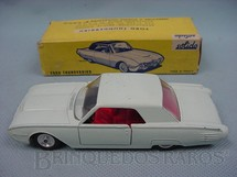 1. Brinquedos antigos - Solido - Ford Thunderbird branco gelo Datado 5-1963