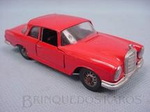1. Brinquedos antigos - Solido-Brosol - Mercedes Benz 220 SE vermelha Fabricada pela Brosol Solido brésilienne Datada 3-1963