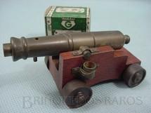 1. Brinquedos antigos - Goliat - Canhão Naval de latão com 10,00 cm de comprimento Atira balas de plástico Década de 1970