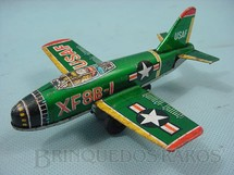 1. Brinquedos antigos - k - Avião a jato XF8B-1 com 13 cm de comprimento Década de 1970