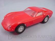 1. Brinquedos antigos - Revell - Ferrari 250 GT vermelha versão home