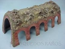 1. Brinquedos antigos - Sem identificação - Túnel com entradas laterais 32,00 cm de comprimento Papier Maché Década de 1940