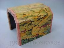 1. Brinquedos antigos - Sem identificação - Túnel de lata litografada com 12,00 cm de altura Década de 1940