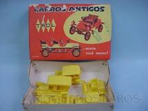 1. Brinquedos antigos - Trol - Conjunto com cinco carros diversos Carros antigos Caixa Vermelha