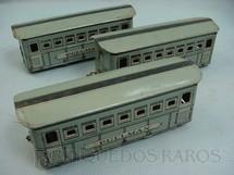 1. Brinquedos antigos - Metalma - Carros de Passageiros Pullman cinza Década de 1950