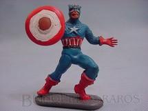 1. Brinquedos antigos - Casablanca e Gulliver - Capitão América com escudo solto Completo de plástico pintado Década de 1970