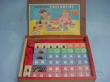 1. Brinquedos antigos - Coluna - Conjunto de Montar Futuro Engenheiro completo Década de 1970