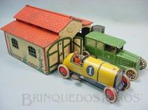 1. Brinquedos antigos - Lehmann - Conjunto de Garagem dupla com 16,00 cm de largura e dois carros um Sedan e um Galop Ano 1929