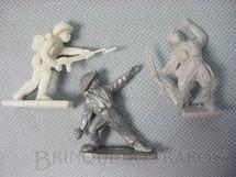 1. Brinquedos antigos - Sem identificação - Soldados diversos brinde Toddy década de 1960 Preço por unidade