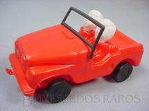 1. Brinquedos antigos - Roma e Jensen - Jeep Willys com dois bonecos 15,00 de comprimento Década de 1980