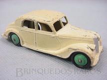 1. Brinquedos antigos - Dinky Toys - Riley Saloon branco Ano 1947