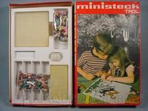1. Brinquedos antigos - Trol - Conjunto de peças para mosaico Ministeck Década de 1970