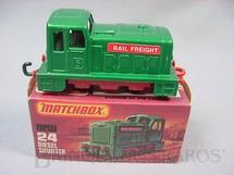1. Brinquedos antigos - Matchbox - Diesel Shunter Superfast verde Rail Freight