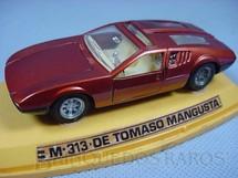 1. Brinquedos antigos - Auto Pilen - De Tomaso Mangusta Abre cinco portas Década de 1970