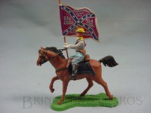 1. Brinquedos antigos - Britains - Soldado Confederado a cavalo com Bandeira Década de 1960