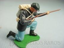 1. Brinquedos antigos - Britains - Soldado da União ajoelhado atirando com fuzil Década de 1970
