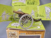 1. Brinquedos antigos - Britains - Canhão de campanha 1880 Década de 1960