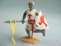 1. Brinquedos antigos - Timpo Toys - Soldado Cruzado a pé com escudo e lança Década de 1970