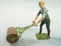 1. Brinquedos antigos - Britains - Homem com rolo compactador Garning Série Década de 1930