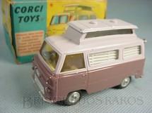 1. Brinquedos antigos - Corgi Toys - Ford Thames Airborne Caravan vinho Década de 1960