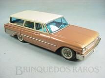 1. Brinquedos antigos - Bandai - Ford Country Station Wagon Década de 1960