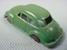 1. Brinquedos antigos - Sem identificação - DKW Vemag Sedan com 6,00 cm de comprimento Década de 1950
