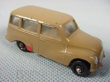 1. Brinquedos antigos - Roly Toys - DKW Vemag Vemaguete marrom com 6,00 cm de comprimento Década de 1960