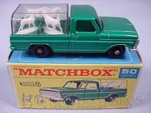 1. Brinquedos antigos - Matchbox - Caminhonete Kennel Truck black plastic Regular Wheels