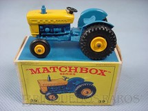 1. Brinquedos antigos - Matchbox - Ford Tractor black plastic Regular Wheels