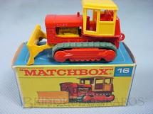 1. Brinquedos antigos - Matchbox - Case Tractor, esteiras verdes