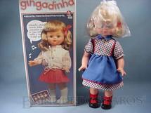 1. Brinquedos antigos - Estrela - Boneca Gingadinha com 50 cm de altura Canta e dança Década de 1970