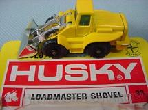 1. Brinquedos antigos - Corgi Toys-Husky - Loadmaster Shovel Husky Blister aberto Distribído pela Estrela Ano 1970
