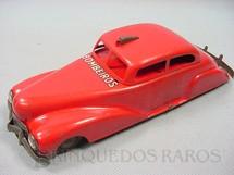 1. Brinquedos antigos - Metalma - Carro Sedan com 21,00 cm de comprimento Bombeiros Década de 1940