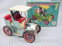 1. Brinquedos antigos - Modern Toys e Masudaya Toys - Old Fashioned Car Nº 7 Movimento por alavanca Ano 1967