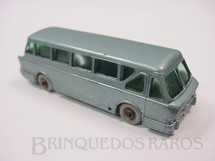 1. Brinquedos antigos - Matchbox - Leyland Royal Tiger Coach silver plastic Regular Wheels