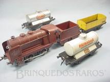 1. Brinquedos antigos - Hornby Meccano - Conjunto com Locomotiva a vapor e três vagões de carga Bitola O Hornby Paris Acompanha trilhos e transformador Década de 1930