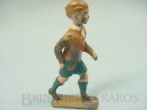 1. Brinquedos antigos - Britains - Figura de criança andando Década de 1940