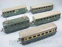 1. Brinquedos antigos - Hornby Meccano - Conjunto com Locomotiva elétrica e quatro Carros de Passageiros Bitola O Hornby Paris Acompanha trilhos e transformador Década de 1930