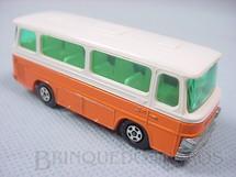 1. Brinquedos antigos - Matchbox - Setra Coach Superfast laranja e branco