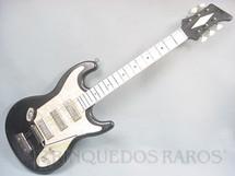 1. Brinquedos antigos - Erregi - Guitarra Elétrica com 75,00 cm de comprimento Década de 1970