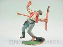 1. Brinquedos antigos - Casablanca e Gulliver - Cowboy ferido por Flecha Casablanca numerado 115 Década de 1960