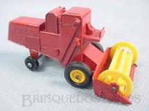 1. Brinquedos antigos - Matchbox - Colheitadeira Claas Combine Harvester black plastic Regular Wheels vermelho