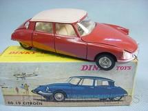 1. Brinquedos antigos - Dinky Toys - Citroen DS19 Década de 1960