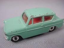 1. Brinquedos antigos - Dinky Toys - Ford Anglia azul Década de 1950