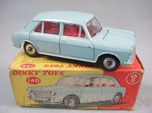 1. Brinquedos antigos - Dinky Toys - Morris 1100 Década de 1950
