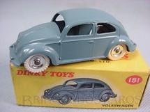 1. Brinquedos antigos - Dinky Toys - Volkswagen Sedan Ano 1956