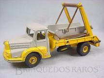 1. Brinquedos antigos - Dinky Toys - Caminhão Caçamba Multibenne Unic Década de 1960