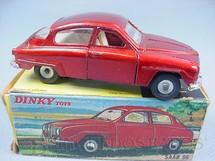 1. Brinquedos antigos - Dinky Toys - Saab 96 Década de 1970